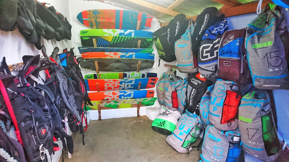 koh phangan kitesurf rental - storage room