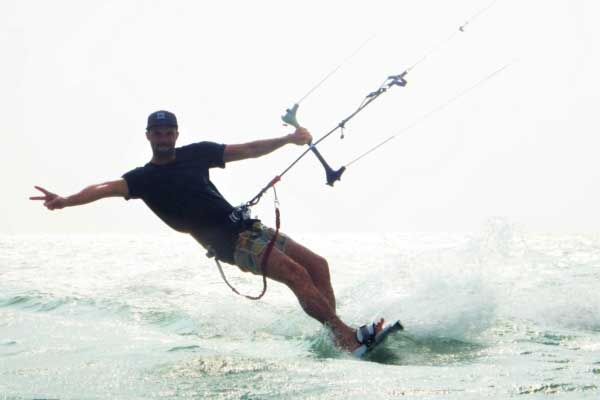 picture of a kiteboarder in Thailand